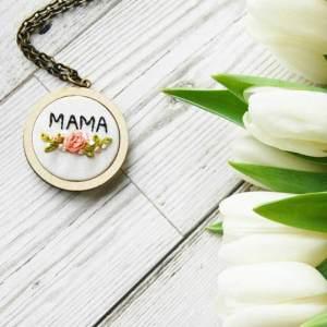 mama mum mothers day pendant mum gift